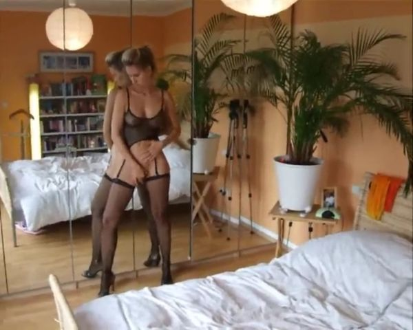 Do-it-yourself Ass-fuck Hump With Big-boobed Blondie Gf